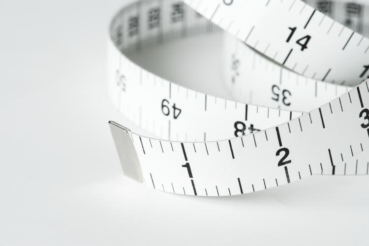 closeup-of-measuring-tape